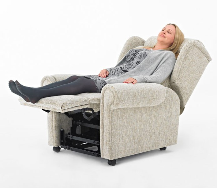 Recliners For Back Pain Sufferers Amp Msg Massage Recliner